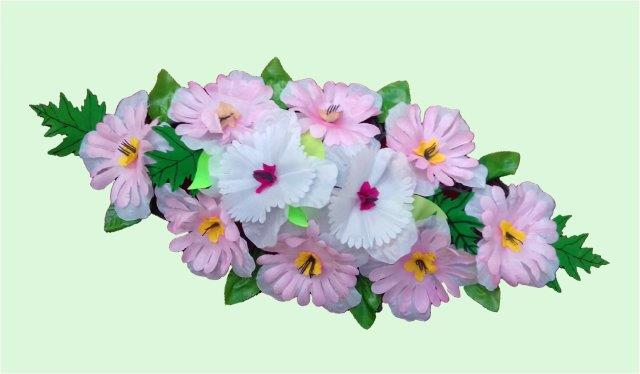 Spray Wreaths: 56cm Plain Spray